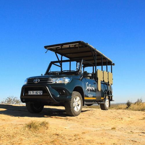 21-Safaria-Vehicle
