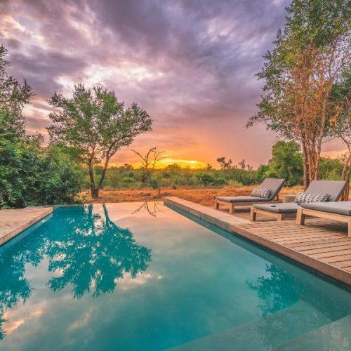 Lamula_Swimming pool